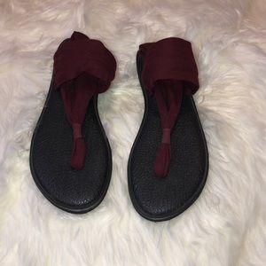Women's boho/hippie Sanuk shoes 10